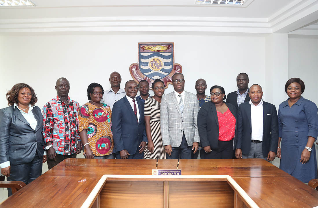 Members of the committee with the Vice-Chancellor