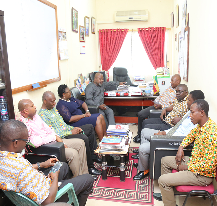 Pro Vice-Chancellor interacting with staff of the Directorate of Internal Audit