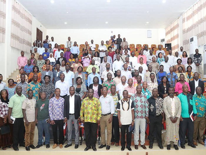 Participants with the Speakers at the workshop