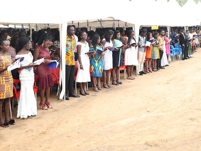 Students swearing the Matriculation Oath