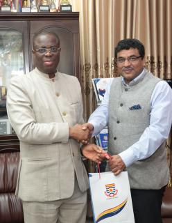 Indian High Commissioner Calls on Vice-Chancellor